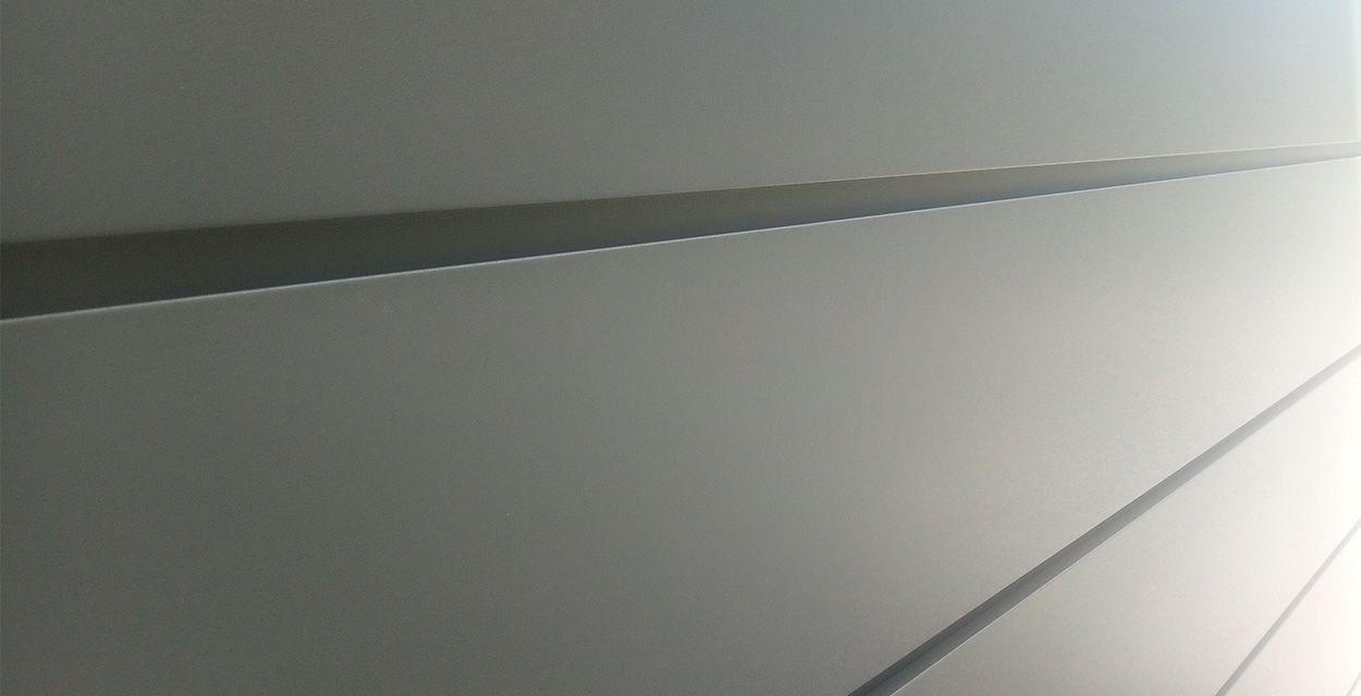 Suntile - Линеарная панель LP с рустом